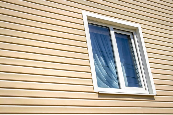 3 Ways to Make Your Vinyl Siding Last Longer